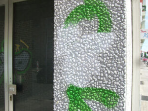 Čišćenje fasade na šljunčanom betonu, primjer 2