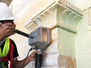 Čišćenje fasade od prirodnog kamena, primjer 3
