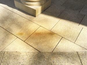 Čišćenje granitnog poda, primjer 1