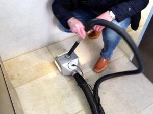Čišćenje poda od prirodnog kamena, primjer 1