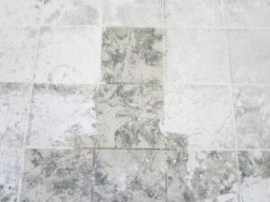 Čišćenje podnih pločica, primjer 10