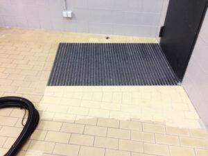Čišćenje podnih pločica, primjer 14