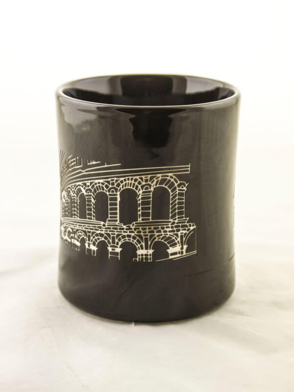 Pjeskarenje na gotove proizvode, Keramika, primjer 1