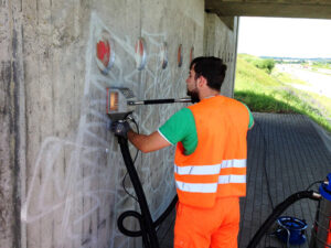 Uklanjanje grafita na autocestama, primjer 7