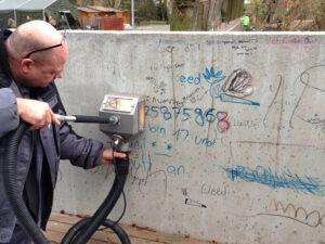 Uklanjanje grafita s betona, primjer 1