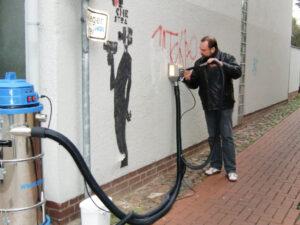 Uklanjanje grafita s gipsa, primjer 5