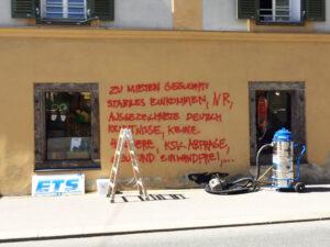Uklanjanje grafita s obojene površine, primjer 1