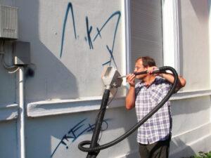 Uklanjanje grafita s obojene površine, primjer 7