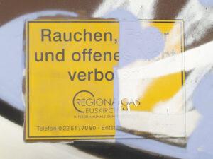 Uklanjanje grafita s plastike, primjer 1