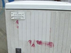 Uklanjanje grafita s plastike, primjer 4