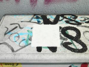 Uklanjanje grafita s plastike, primjer 7