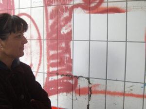 Uklanjanje grafita s pločica, primjer 2