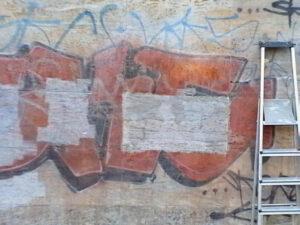 Uklanjanje grafita s prirodnog kamena, primjer 3